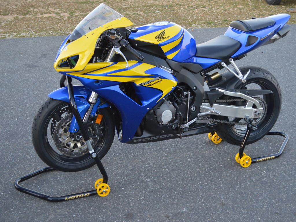 moto d pro series motorcycle stands for sale. Black Bedroom Furniture Sets. Home Design Ideas